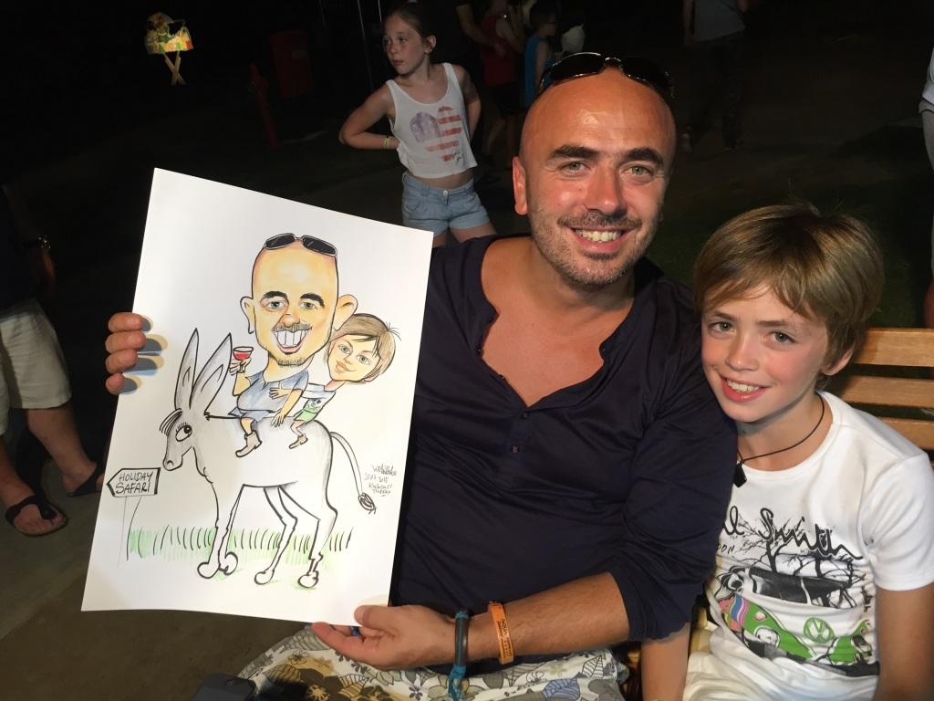 Belçikalı Baba ve Oğul  karikatürden çok mutlu oldu.