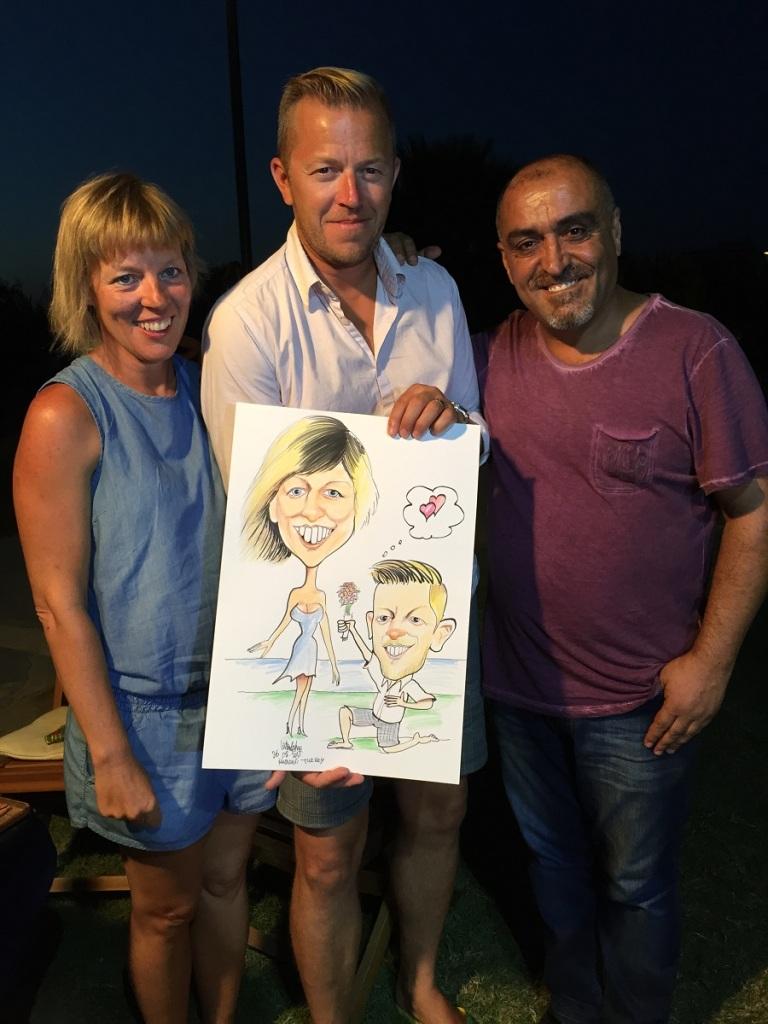 Belçikalı aile karikatürü çok beğendi.