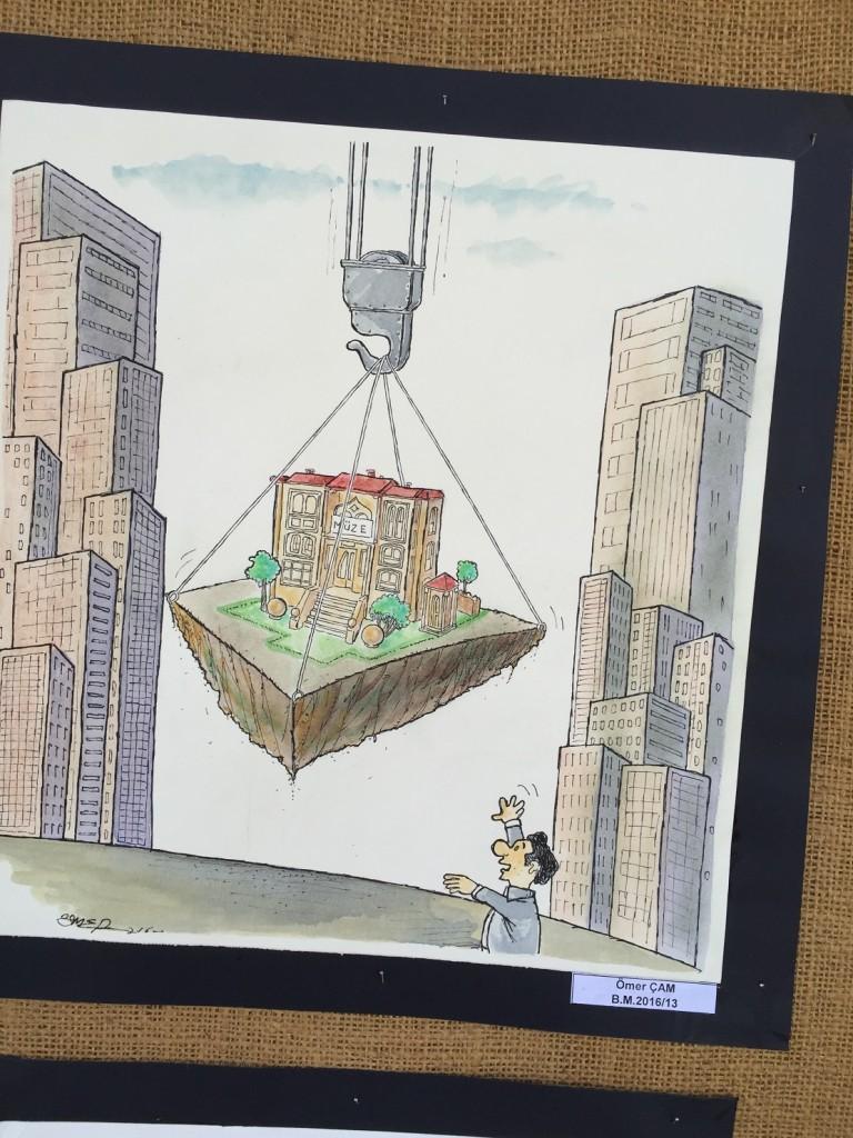 Karikatür yarışmasının sergisinden