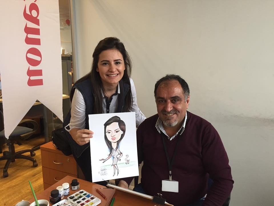 Sen kalk Kuşadası'ndan gel bizim karikatürü çiz.Sanki koca İstanbul'da  karikatürcü yok.